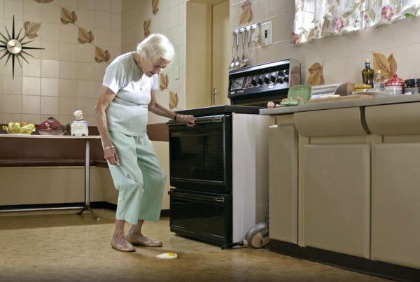 HANDY-ANDY–Granny